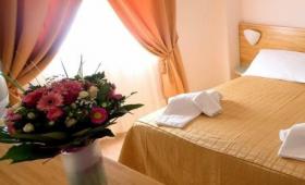 Hotel Villaggio Albatros*** – Lesina Marina