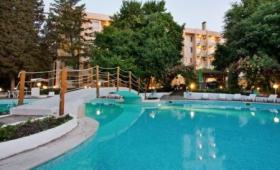 Lyulyak Hotel