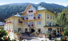Hotel Pangrazzi S Bazénem – Fucine Di Ossana / Peio