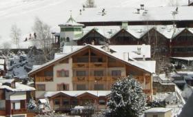 Hotel Gran Zebrú