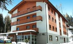 Hotel Candriai