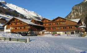 Hotel Bacher – Riva Di Tures/rein In Taufers