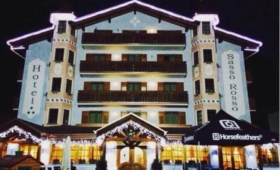 Hotel Sasso Rosso*** – Commezzadura