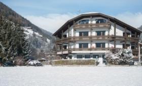 Hotel Wiesenhof V Sand In Taufers