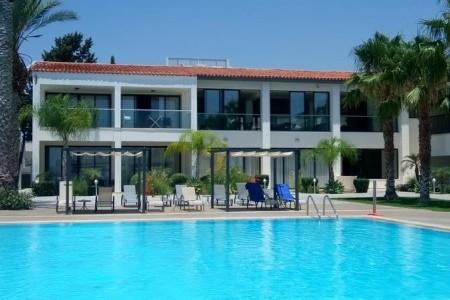 Royal Blue Paphos Hotel & Spa