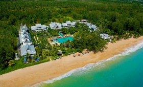 Maikhao Palm Beach & Resort