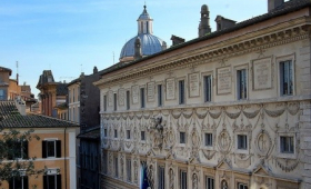 Farnese Stylish