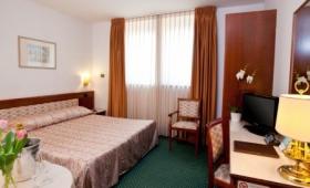 Hotel Marconi**** – Ponte San Nicolò