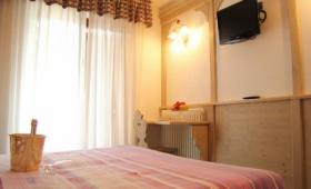 Hotel Lory Pig – Pinzolo